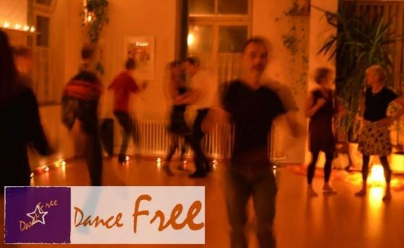 Barfussdisco Winterthur - Dance Free