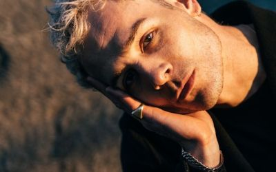 Sam Himself (CH)